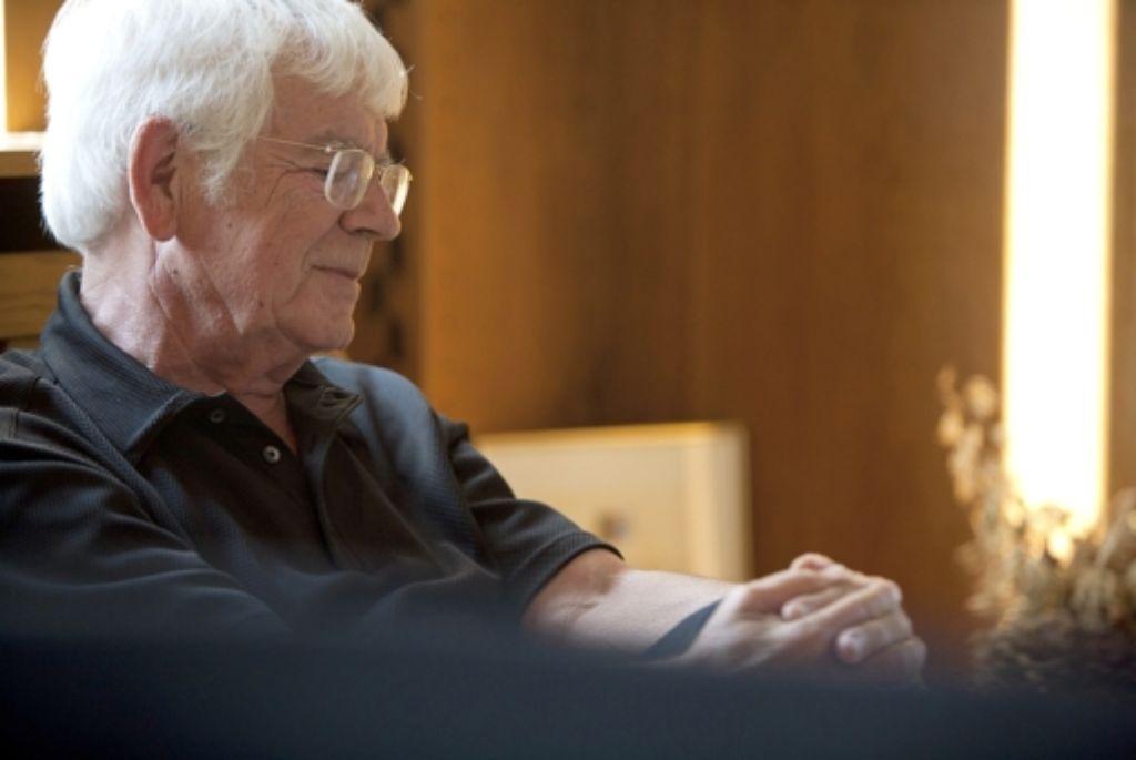 Helmuth Rilling in seinem Stuttgarter Büro Foto: Steinert
