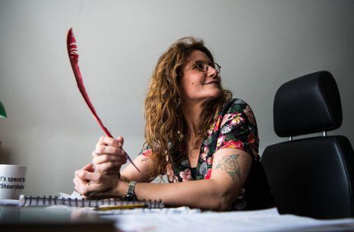 Neue Mainzer Stadtschreiberin schaut dem Zeitgeist auf die Finger