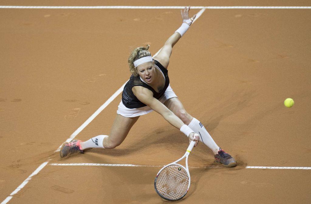 Immer schön ans Netz: Laura Siegemund spielt ein etwas anderes Tennis Foto: AFP