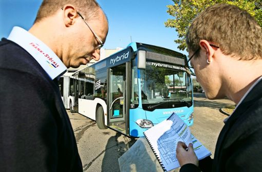 Sauberer Busfahren mit E-Unterstützung