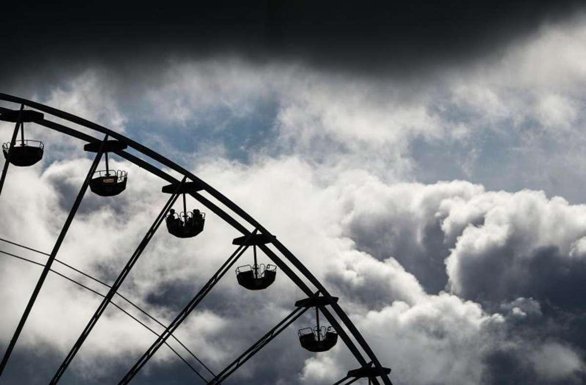 Die Königin der Fahrgeschäfte, das Riesenrad, soll in der City aufgestellt werden. Foto: dpa