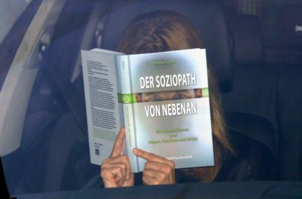 Die Ex-Geliebte und Nebenklägerin im Fall Kachelmann geht nach dem Freispruch in Revision. Foto: dpa