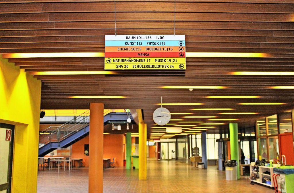 Sanierungsbedürftig und zu klein: Bereits vor einem Jahr hatte sich der Bezirksbeirat  in einem interfraktionellen Antrag einstimmig für den GSG-Neubau ausgesprochen. Foto: Holowiecki