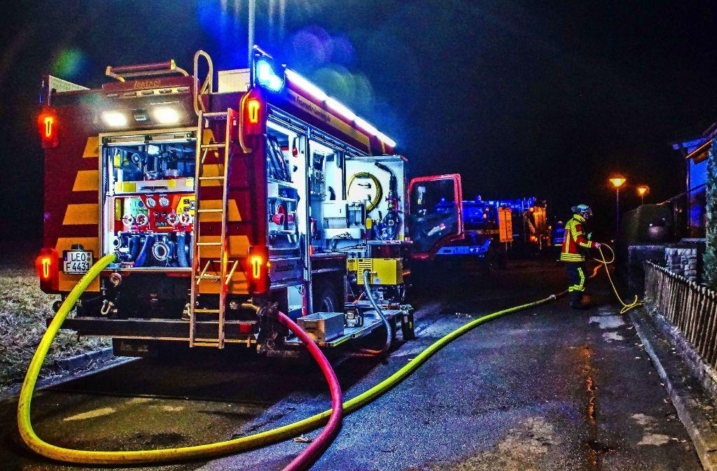 Am 23. Februar brennt in Warmbronn ein Einfamilienhaus. Foto: SDMG