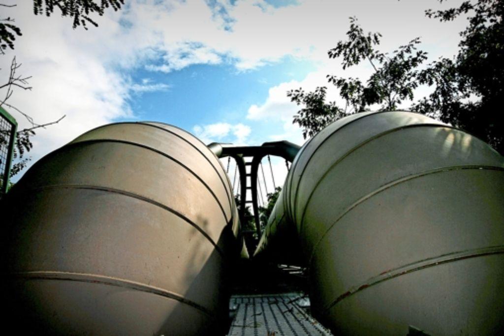 In dicken Leitungen wird die Fernwärme zum Kunden gebracht. In Mannheim heizen 60 Prozent der Haushalte auf diese Weise. Foto: MVV