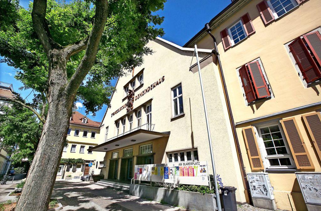 Die Ideen, im Gemeindezentrum am Blarerplatz und in der angrenzenden Franziskanerkirche die Stadtbücherei unterzubringen, haben sich zerschlagen. Foto:
