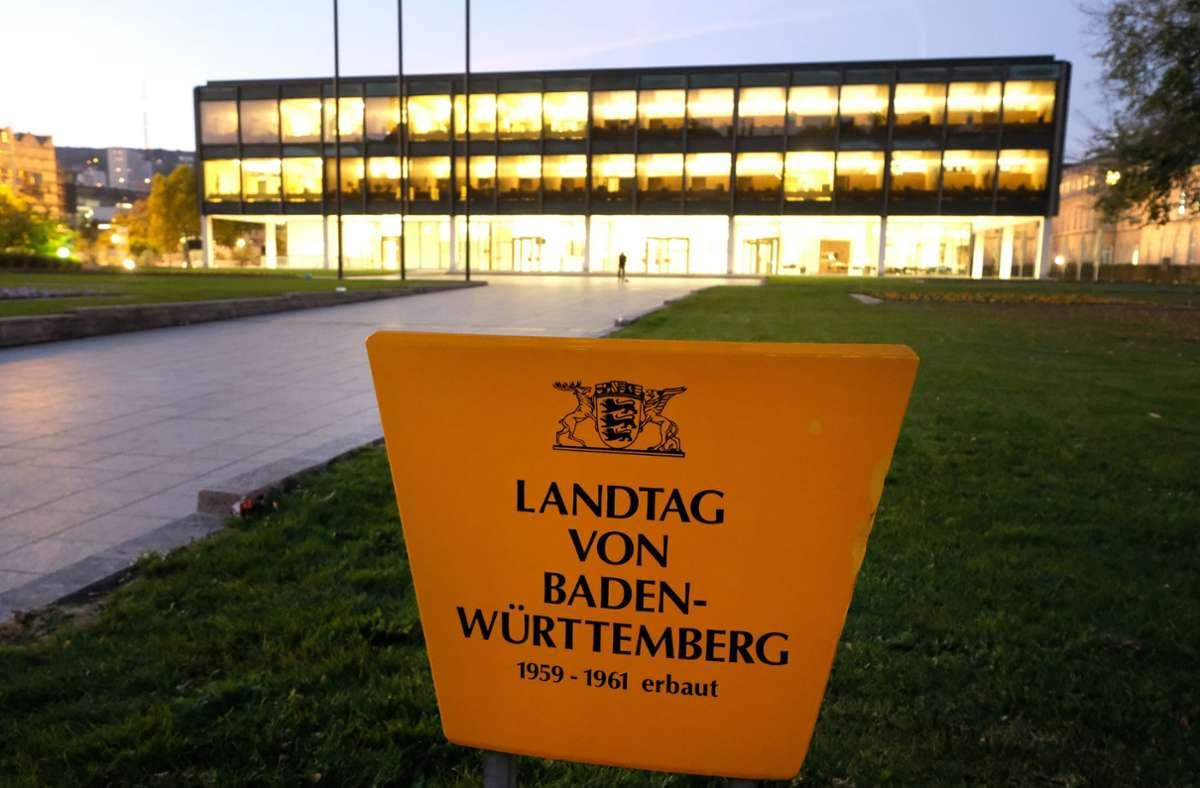 Der Landtag von Baden-Württemberg – auch architektonisch ein Hingucker. (Archivbild) Foto: dpa/Bernd Weissbrod