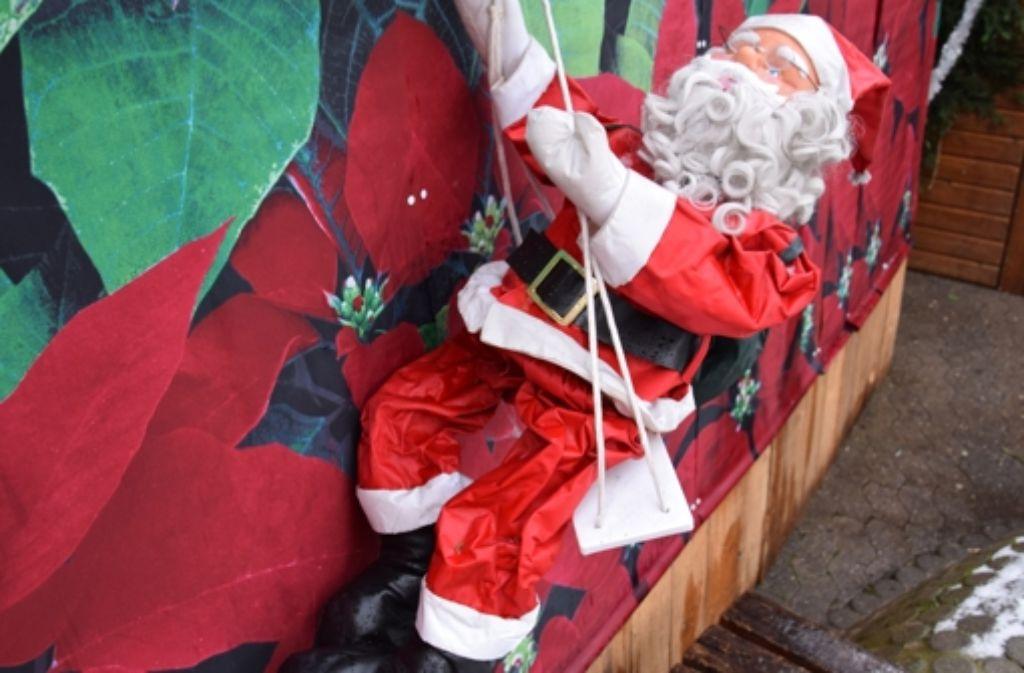 Der Nikolaus hatte auf den Weihnachtsmärkten auf den Fildern viel zu tun. Foto: A. Kratz