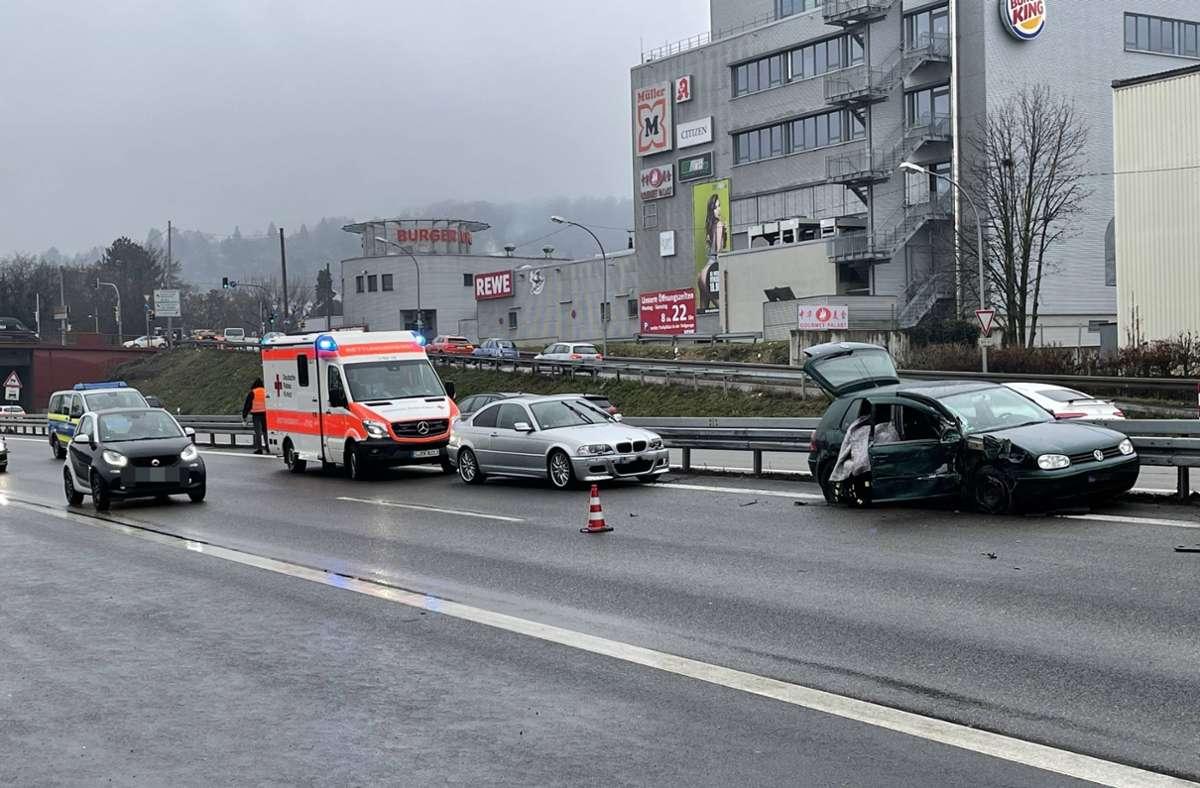 Der Unfall ereignete sich auf der B10 bei Hedelfingen. Foto: 7aktuell.de/Alexander Hald/7aktuell.de | Alexander Hald