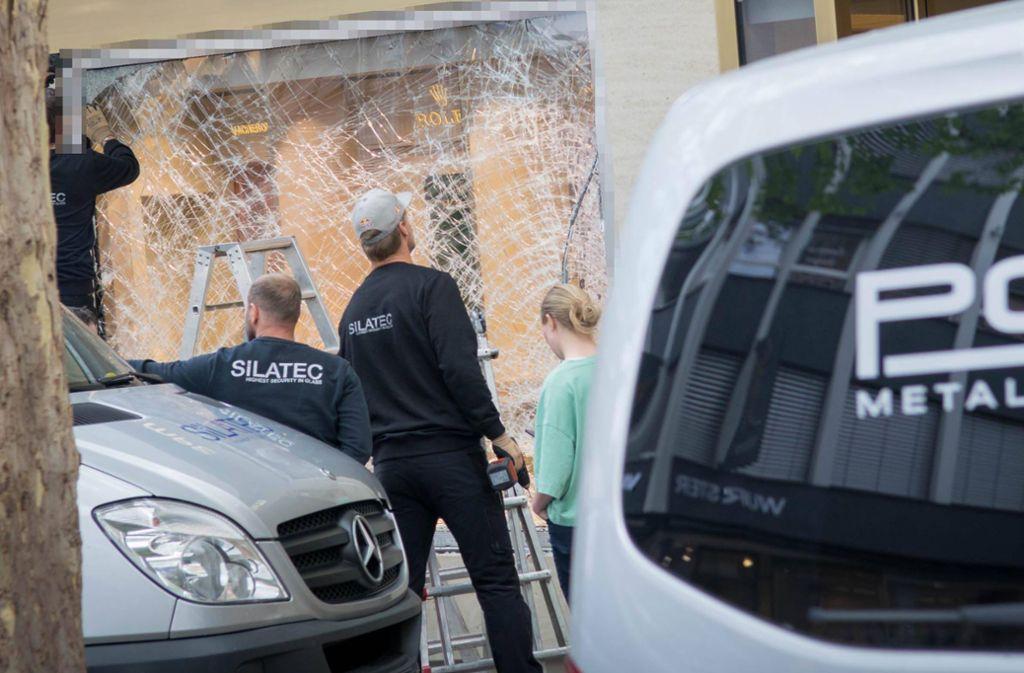 Mehr als eine kaputte Scheibe war nicht zu machen für die Diebe. Foto: 7aktuell.de/Nils Reeh