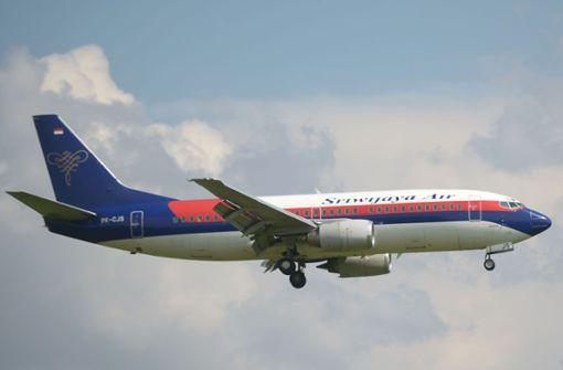 Passagierflugzeug mit 62 Menschen an Bord verschwunden