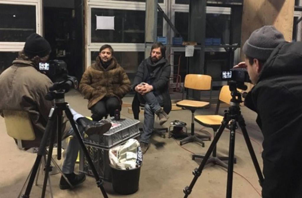 Wie steht es um die Stuttgarter Kreativszene? Im neuen Beitrag von Mies.de kommen Lukasz Lendzinski (links) und Peter Weigand vom Büro Umschichten aus den Wagenhallen zu Wort. Foto: Mies.de
