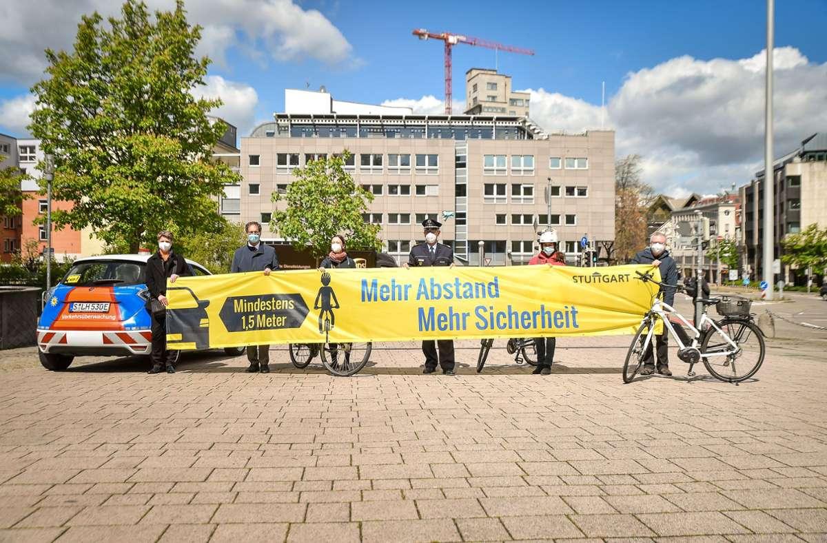 Gemeinsamer Auftakt der Kampagne auf dem Wilhelmsplatz Foto: Lichtgut/Ferdinando Iannone