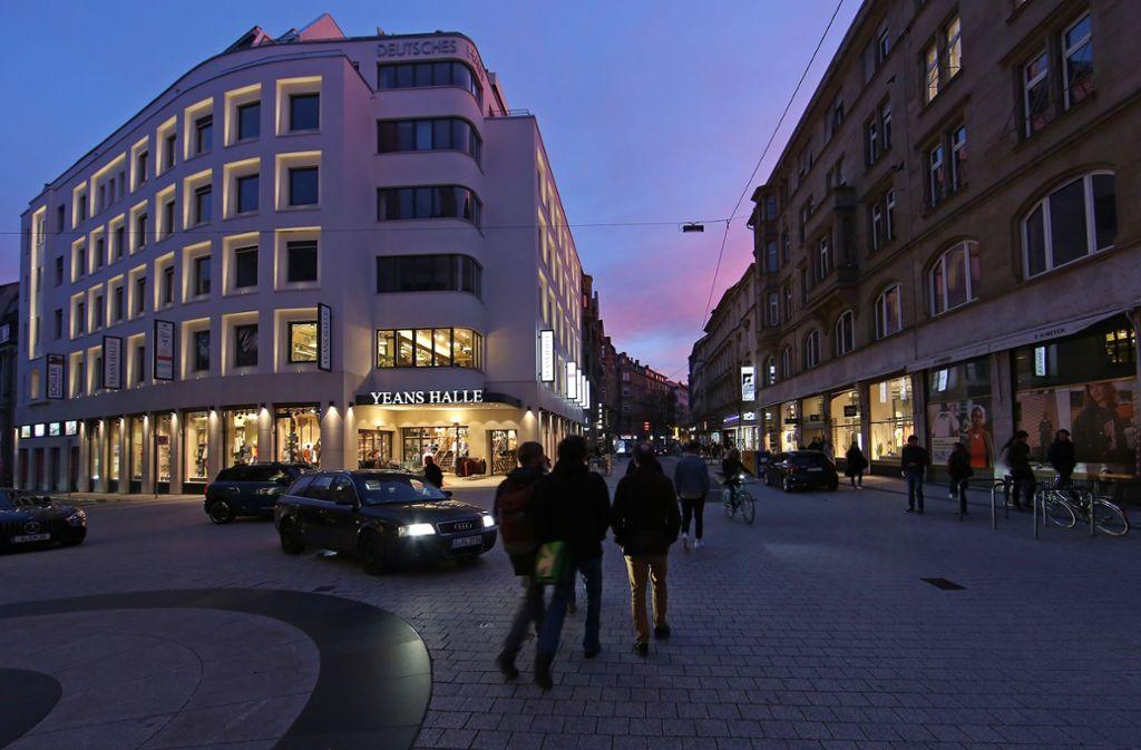 Die Immobilien-Eigentümer der ehemaligen Quartiersgemeinschaft Tübinger Straße  wollen ihren Kiez lieber  ohne bürokratische Schranken aufwerten Foto:
