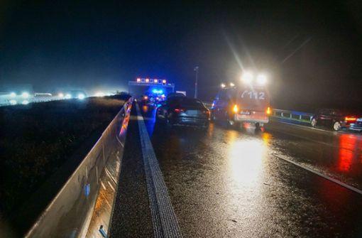 Wagen gerät ins Schleudern – eine Verletzte nach Unfall auf A81
