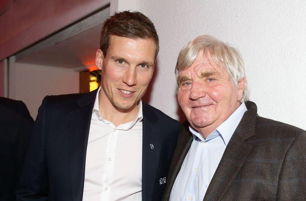 VfB-Aufstiegs-Trainer unter sich: Hannes Wolf (links) und Jürgen Sundermann. Foto: Pressefoto Baumann
