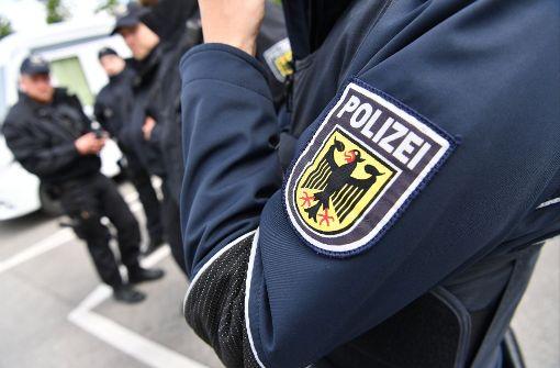 Betrunkener beleidigt Polizisten