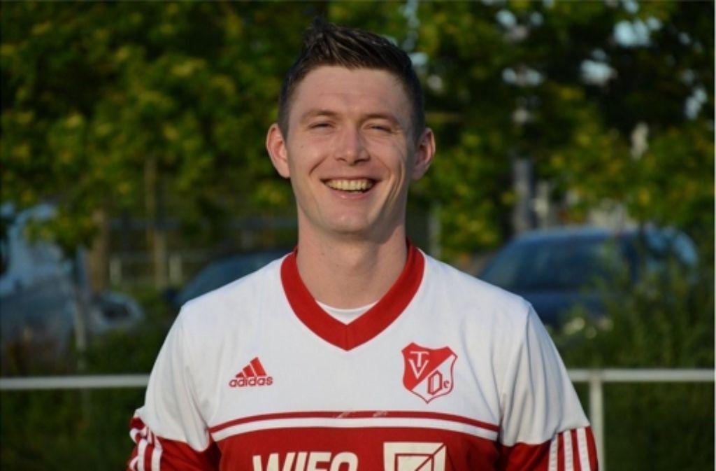 Mircea Mailat  bleibt beim Bezirksliga-Tabellenführer TV Oeffingen. Foto: Privat