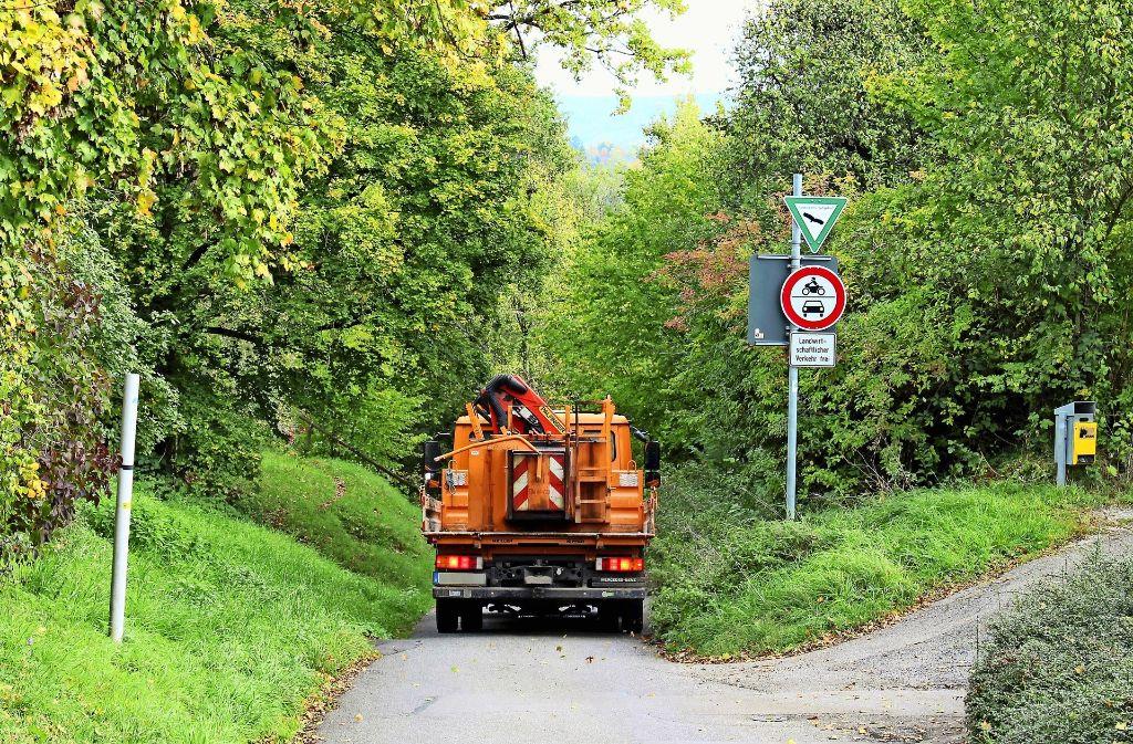 Um diesen Weg nach Rohracker schwelt in Sillenbuch seit Jahren ein Streit. Foto: Holowiecki