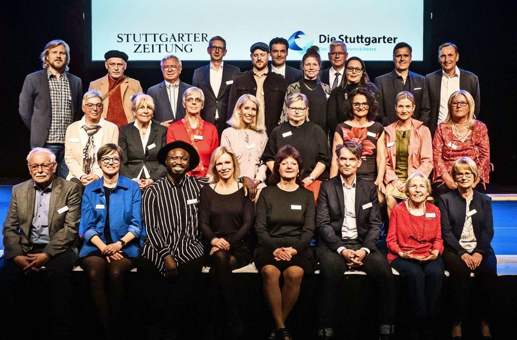 Die Gewinner und Paten des Ehrenamtspreises 2018 Foto: Lichtgut/Achim Zweygarth