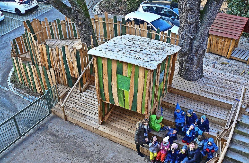 """Die Kinder haben sich bei der Realisierung des Projekts """"Kastanienhügel"""" alle mit eingebracht. Foto: Petra Mostbacher-Dix"""