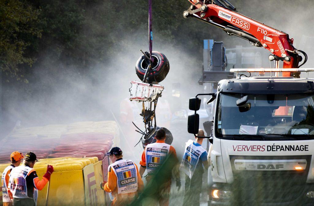 Das Auto von Anthoine Hubert wurde völlig zerstört. Foto: dpa
