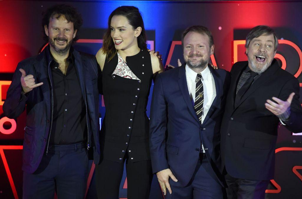Von links: Produzent Ram Bergman, Schauspielerin Daisy Ridley, Regisseur Rian Johnson und Schauspieler Mark Hamill Foto: AFP
