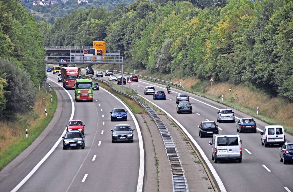Der Ausbau der B 27 soll insbesondere im Berufsverkehr für eine Entspannung der Situation sorgen. Foto: Norbert J. Leven