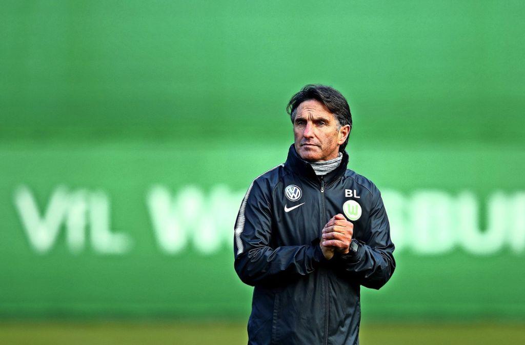 Erstes Training in Wolfsburg: Bruno Labbadia Foto: Getty
