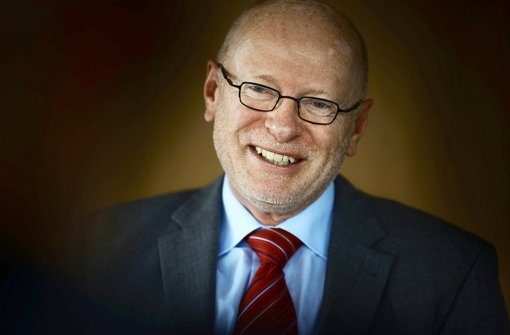Landrat Johannes Fuchs kann zufrieden sein: der Haushaltplan ist abgesegnet. Foto: Stoppel