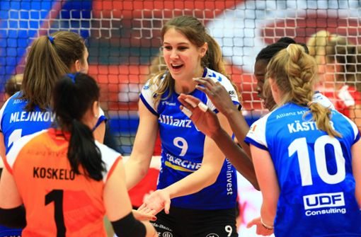 Stuttgarter Volleyballerinnen gewinnen erstes Finalspiel