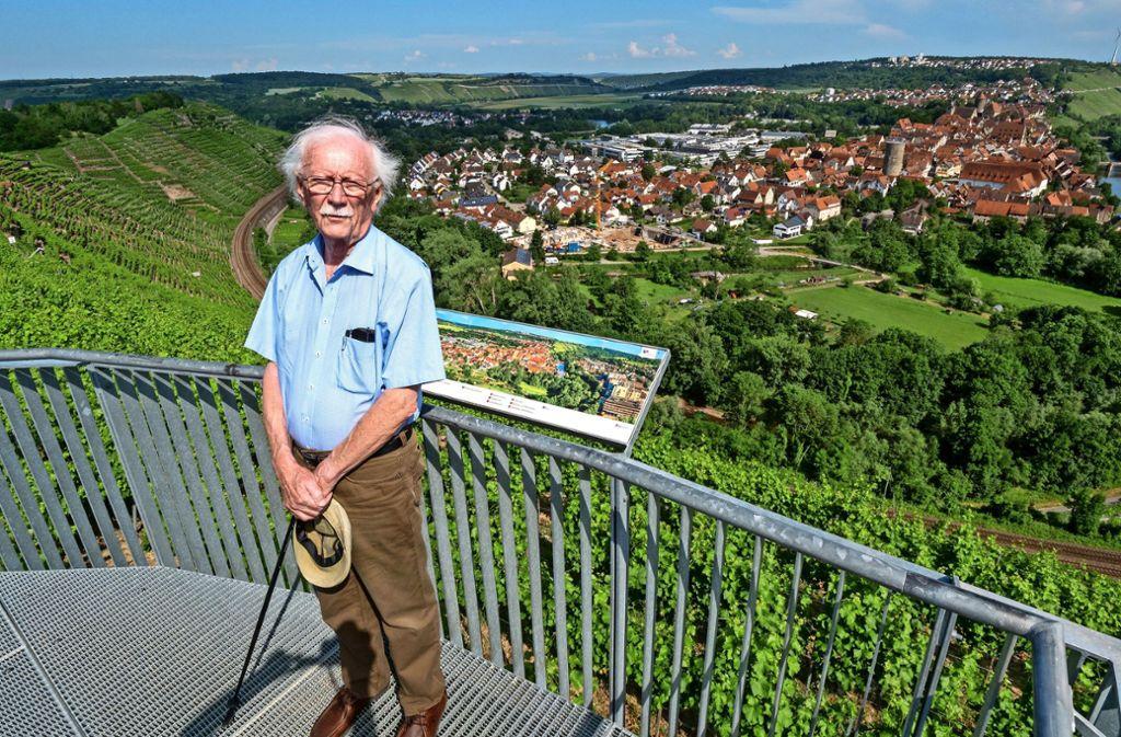Ein wandelndes Lexikon in Sachen Besigheim und Weinbau: Dieter Schedy weiß, worüber er spricht. Foto: