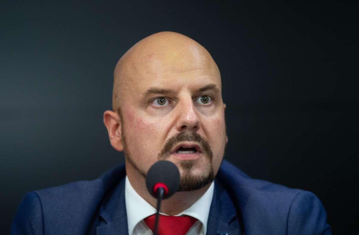 Der baden-württembergische Landtagsabgeordnete Stefan Räpple ist offiziell nicht länger Teil der AfD-Fraktion im Landtag Foto: dpa/Marijan Murat