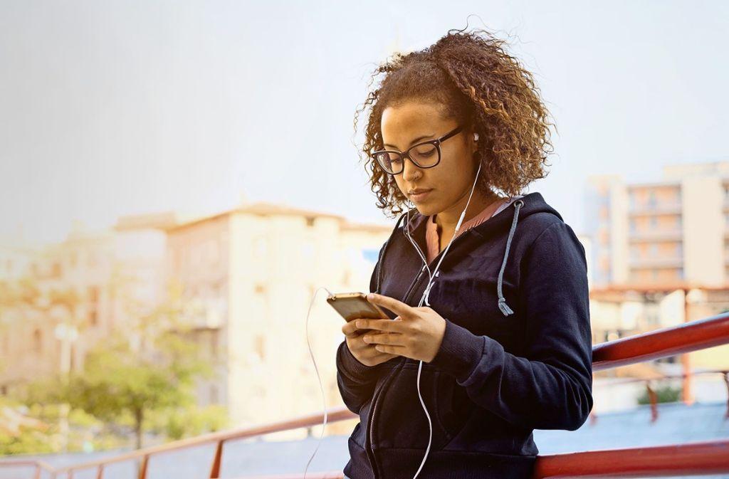 Für jedes Bedürfnis gibt es inzwischen eine App fürs Smartphone. Foto: Paolese/Adobe Stock