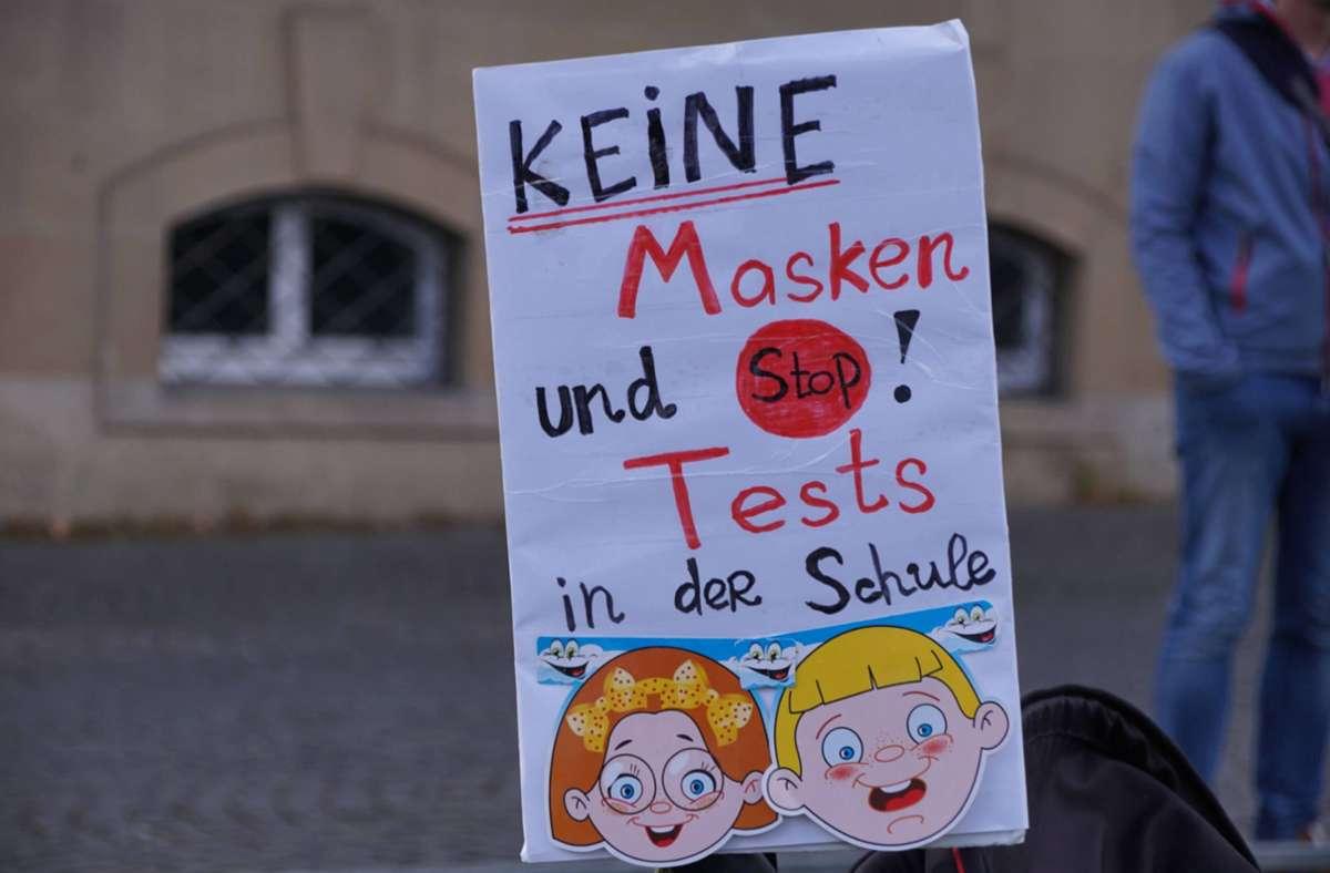Die Demonstranten zeigen ihre Forderung auf Plakaten in der Stadt. Foto: 7aktuell.de/Andreas Werner/7aktuell.de | Andreas Werner