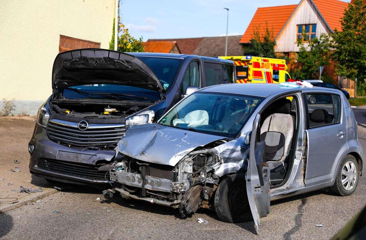 Der 90-Jährige hatte die Kontrolle über seinen Daihatsu verloren. Foto: 7aktuell.de/Christina Zambito/7aktuell.de | Christina Zambito