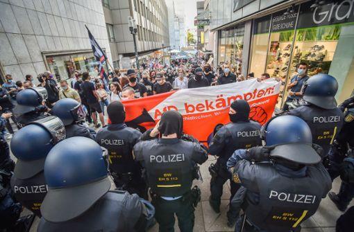 Demonstranten blockieren AfD-Veranstaltung im Stuttgarter Rathaus