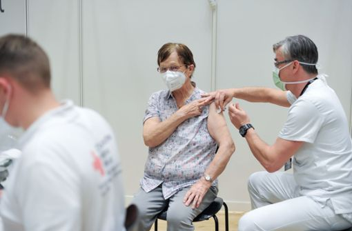 Land bittet Impfwillige schriftlich um Geduld