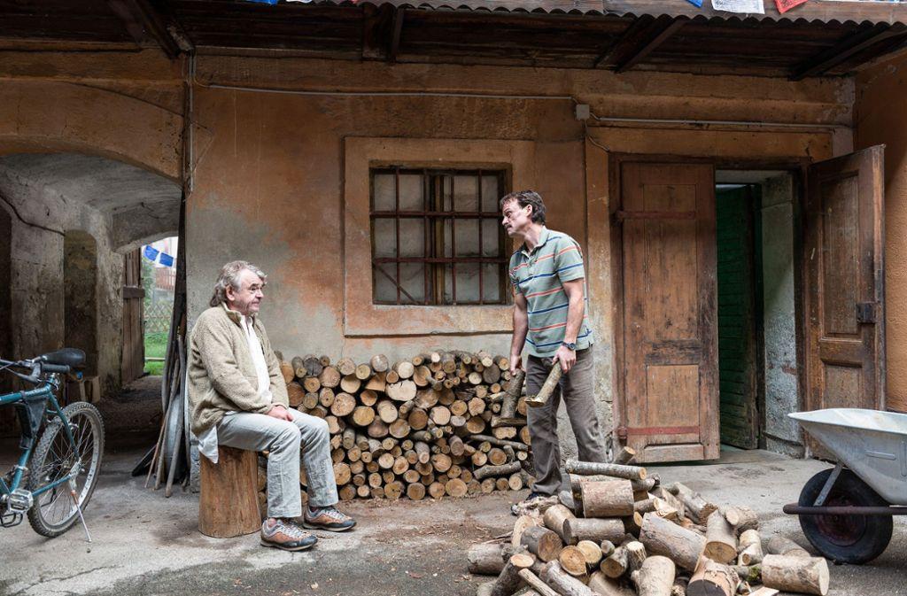 Auch Mucks Vater (Branko Samarovski, li.) ist manchmal mehr Bürde als Stütze. Foto: ZDF