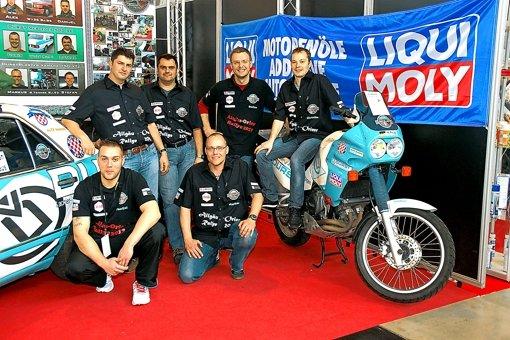 Das Team: Danijel Makaus, Markus Reigl (vorne) mit Alexander Schwan, Lothar Stäbler, Stefan Totzl und Christian Stäbler (von links). Foto: z