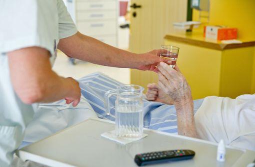 Was verdient eine Pflegerin im Krankenhaus?