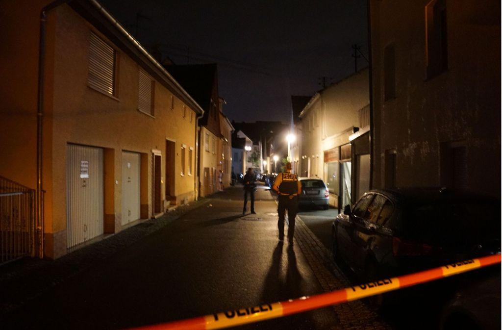 Am späten Samstagabend sind in der Kircheimer Schwabstraße Schüsse gefallen. Ein 25-Jähriger wurde verletzt. Foto: