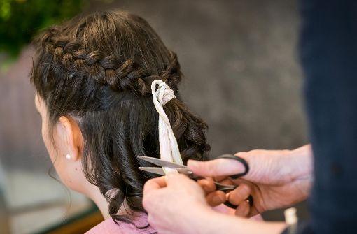 Die besten Tipps für die passende Frisur zum Dirndl