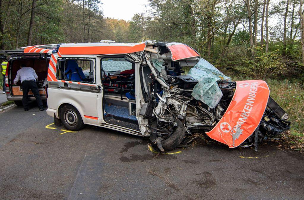 Ein 83-Jähriger überlebte den schweren Unfall nicht. Foto: dpa/Markus Klümper