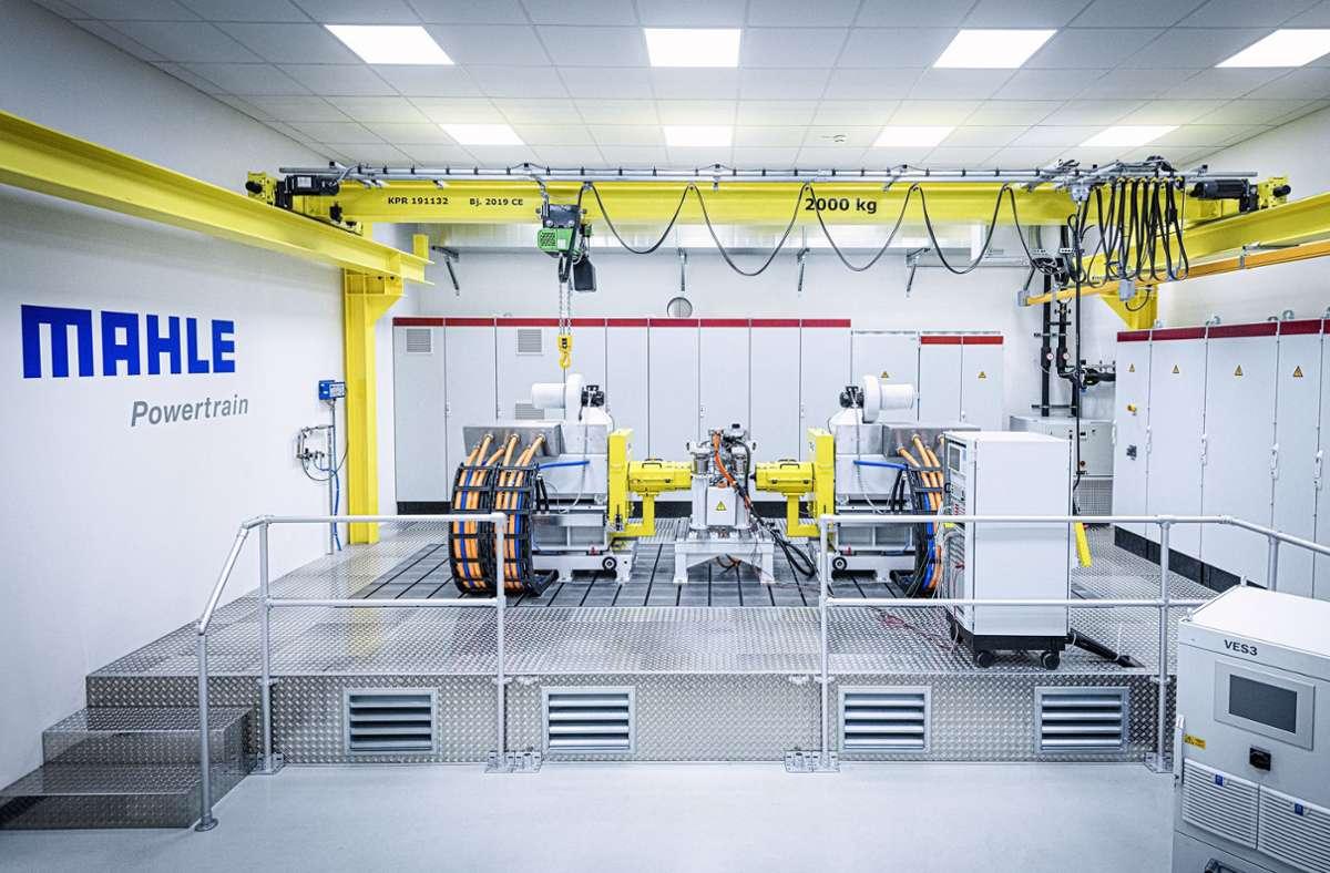Auf diesem Prüfstand in Fellbach testet Mahle künftig E-Motoren unter realen Bedingungen. Foto: Mahle