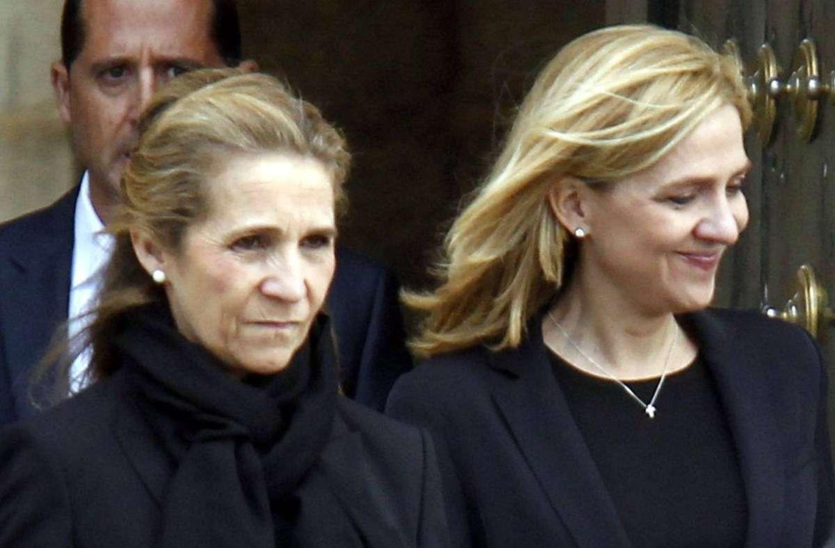 Die spanischen Prinzessinnen Elena (links) und Cristina stehen im Mittelpunkt eines Skandals. (Archivbild) Foto: imago/CordonPress/imago stock&people