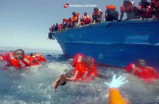 Schulz rügt Merkel in Sachen Flüchtlingskrise