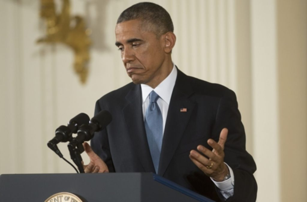 US-Präsident Barack Obama beantwortet die Fragen von Pressevertretern. Kaum ist die US-Kongresswahl vorbei, geht der Streit zwischen Präsident Obama und den Republikanern weiter.  Foto: EPA