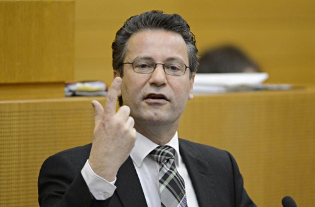 Peter Hauk (CDU) beschuldigte die Grünen, das Thema S 21 lange am Kochen halten zu wollen, um bei der Bundestagswahl Stimmen von S-21-Gegnern zu bekommen. Foto: dpa