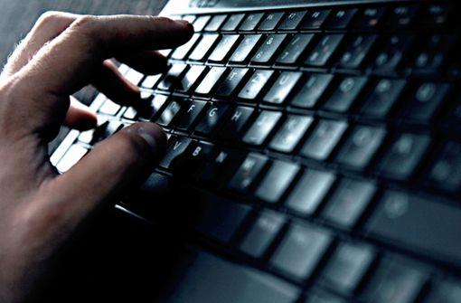 Streit um den Schutz vor Hackerangriffen